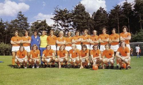 "Holanda '74:Fútbol total.""La naranja Mecánica"